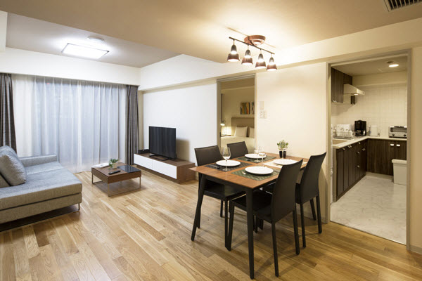 With more reasonable pricing thanks to its location just outside the city center, this residence offers more spacious accommodations.  This  two-bedroom serviced apartment is 67 sq.m ,  and can sleep