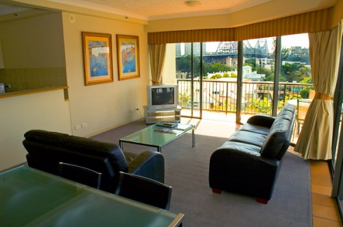 These Brisbane serviced apartments superbly appointed studio, one, two and three bedroom apartments offer spectacular city, river or garden views. Apartments are complete with fully equipped kitchens,